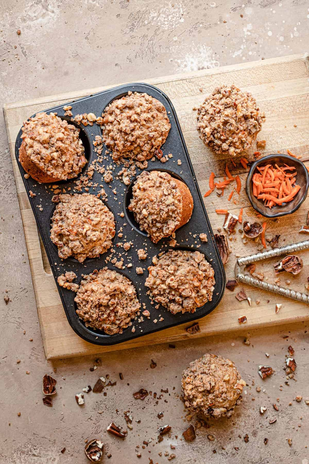 Carrot muffin with nut streusel recipe.