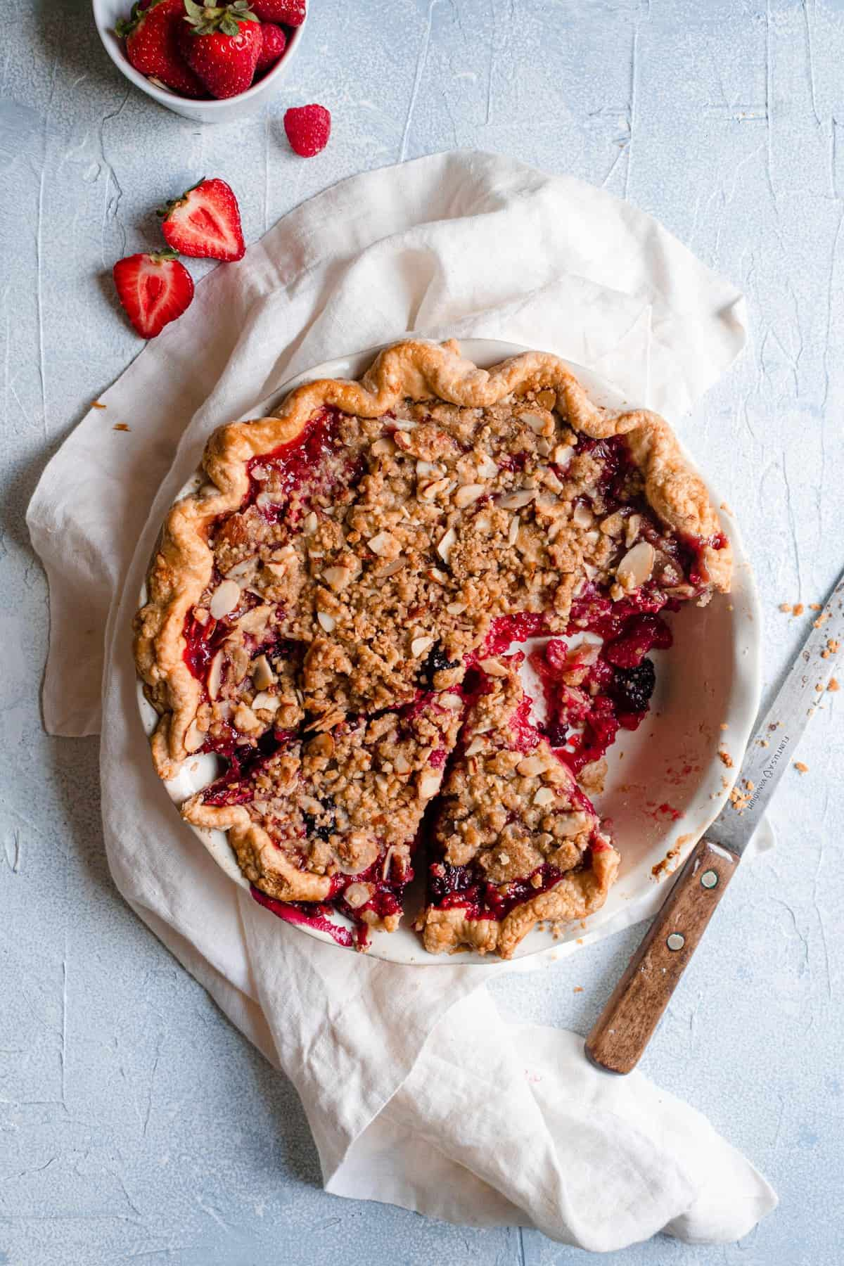 Very Berry Pie with Streusel