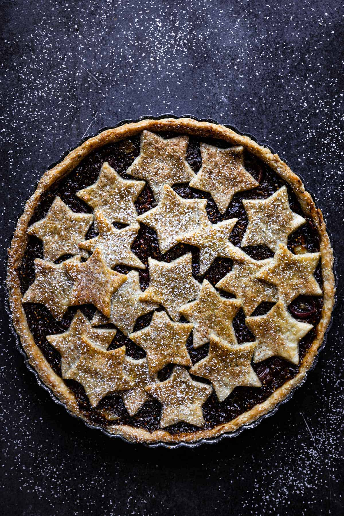 Dried and fresh fruit pie with nostalgic flavors.