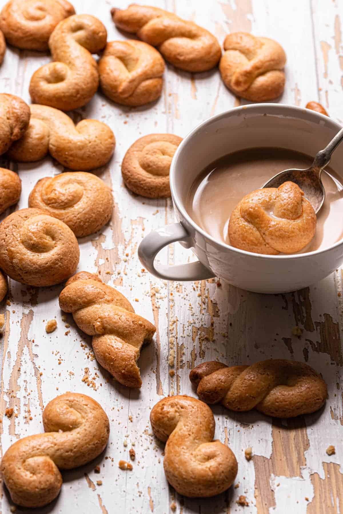 koulouria Greek Butter Cookies recipe